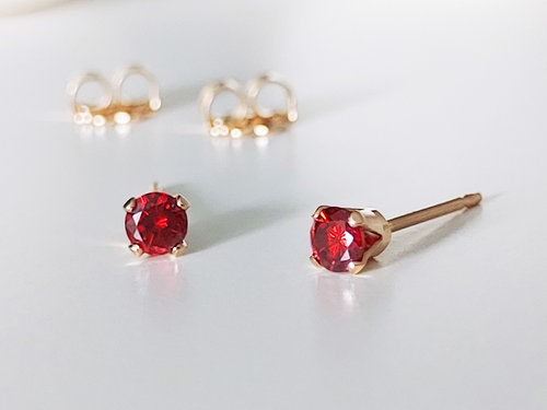 Rote Zirkonia Ohrstecker Gold filled, 3 mm